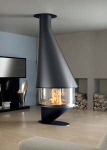 OCEA 911   central fireplace with glasses